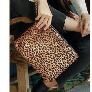 Handbags - Leopard animal print clutch